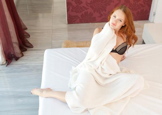 Denisa Heaven - Onder - Sex Art - Solo Nude Pics