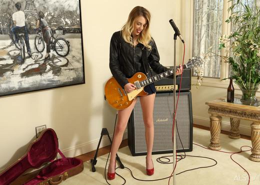 Blake Eden - Sex Drugs Rock n Roll - ALS Scan - Solo HD Gallery