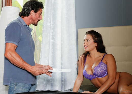 Keisha Grey - Supportive Step-Dad Part 3 - Fantasy Massage - Hardcore TGP
