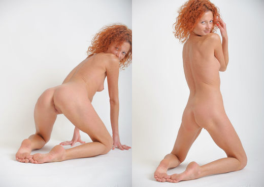 Natalie Red - Simplicity 3 - Erotic Beauty - Solo Sexy Gallery