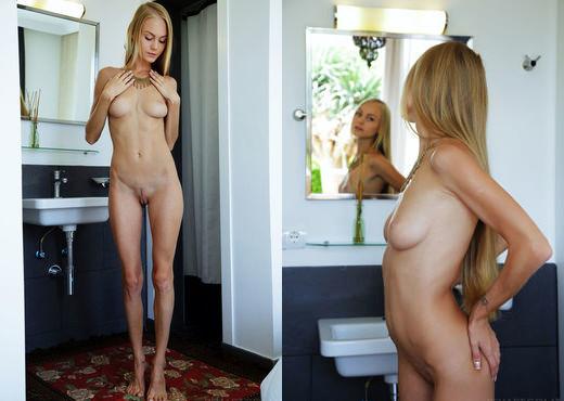 Nancy A - Xentina - Sex Art - Solo Picture Gallery