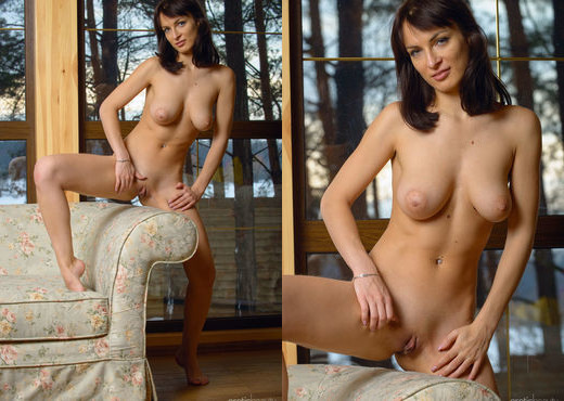Presenting Olesya D 4 - Erotic Beauty - Solo Picture Gallery