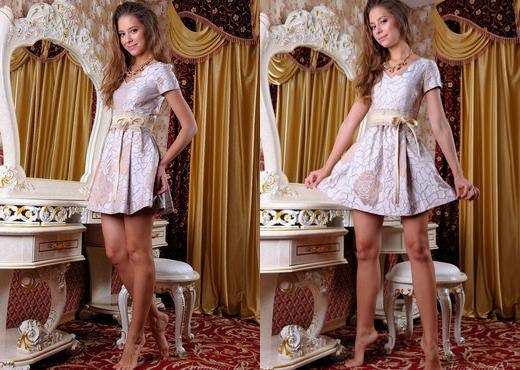 Cassandra - Bedchamber - Stunning 18 - Teen Picture Gallery