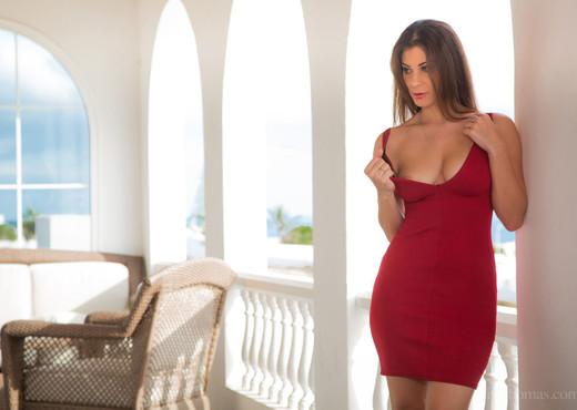 Kari A, Roxy Mendez - Damsel - Viv Thomas - Lesbian Porn Gallery
