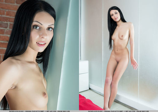 Rafaella - Sinoti - MetArt - Solo Hot Gallery