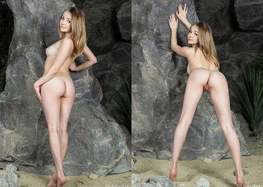 Jeff Milton - Plago - Rylsky Art - Solo Sexy Gallery