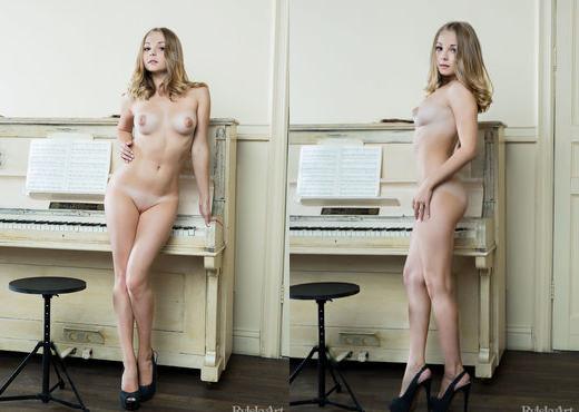 Jeff Milton - Muziko - Rylsky Art - Solo Porn Gallery