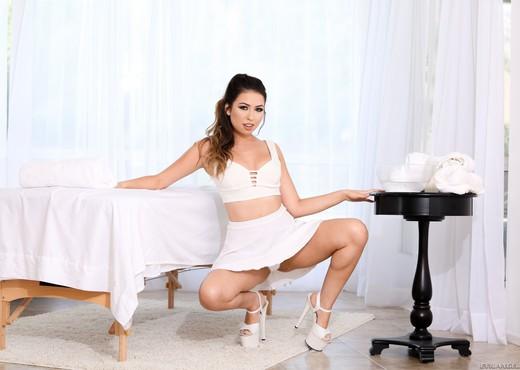 Melissa Moore - Sloppy Massage Slut Melissa - Evil Angel - Hardcore Sexy Photo Gallery