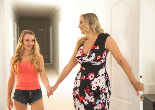 Julia Ann, Molly Mae - Stop Fucking My Friends: Part One - Lesbian Nude Pics