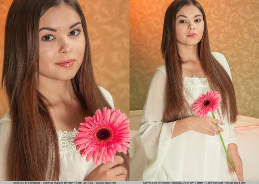 Nastya K - Occhiali - MetArt - Solo Picture Gallery