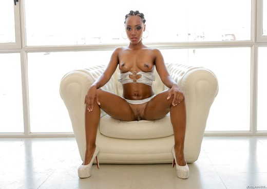 NoeMilk - Hot White Cum On Black Washboard Abs - Evil Angel - Ebony Sexy Gallery