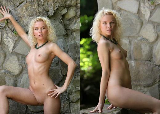 Liza I - The Stone Wall 2 - Erotic Beauty - Solo Porn Gallery