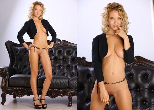 Delilah G - Snapshots - Stunning 18 - Teen Hot Gallery