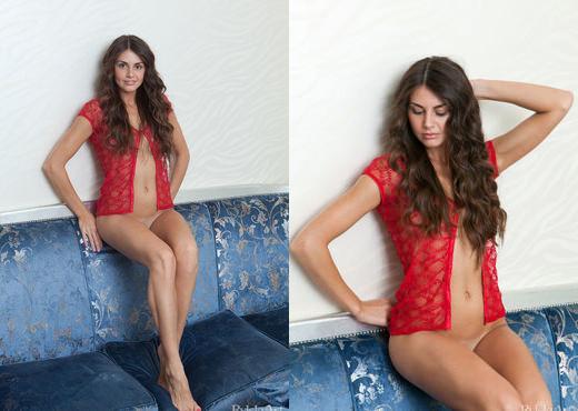 Astrud - Vermelho E Azul - Rylsky Art - Solo HD Gallery