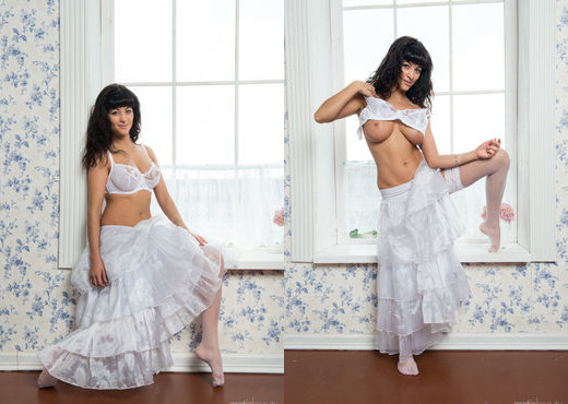 Alie A - The Bride - Erotic Beauty - Solo Sexy Photo Gallery