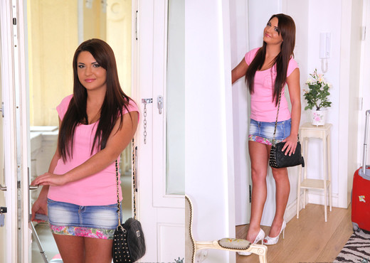 Kristina Miller - Bang It Hard - Mike's Apartment - Hardcore Porn Gallery