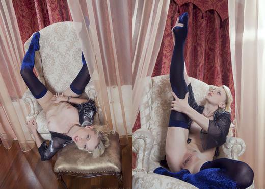 Nika N - Borona - Sex Art - Solo Nude Gallery