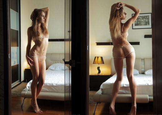 Gracie - Semeya - Sex Art - Solo Image Gallery