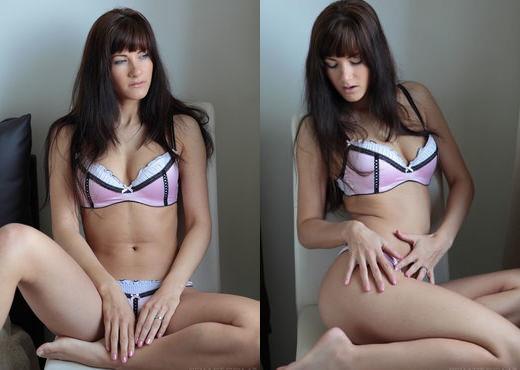 Lauren Crist - Selinar - Sex Art - Solo Porn Gallery
