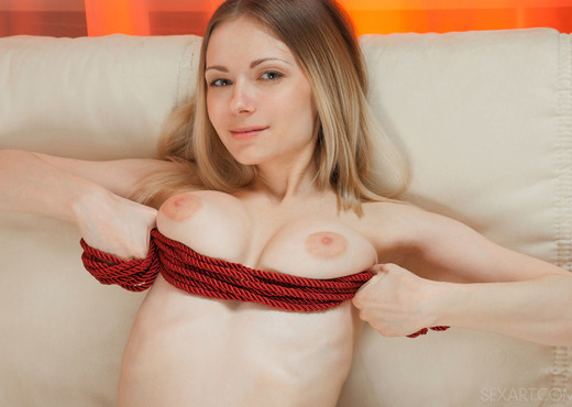 Lenore - Nojia - Sex Art - Solo Hot Gallery