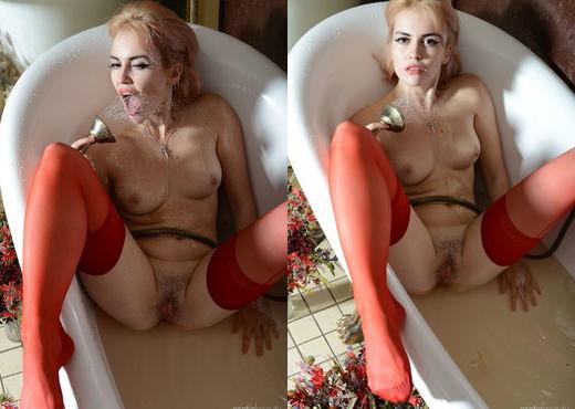 Presenting Monroe 3 - Erotic Beauty - Solo Nude Gallery