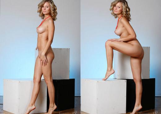 Oliwia A - Geometry - Stunning 18 - Teen Nude Gallery