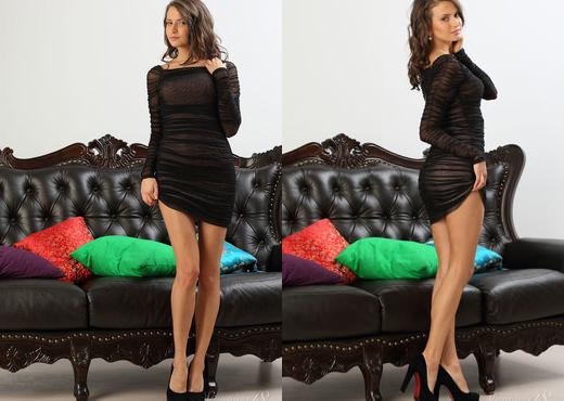 Belinda - Skin - Stunning 18 - Teen Sexy Gallery