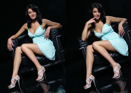 Yanika A - Awesome Body - Stunning 18 - Teen Image Gallery