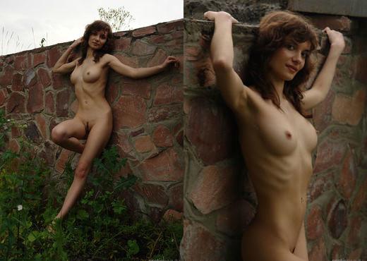 Jini - Walking In Nature 3 - Erotic Beauty - Solo Porn Gallery