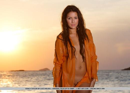 Gracy Taylor - Taronja - MetArt - Solo Porn Gallery