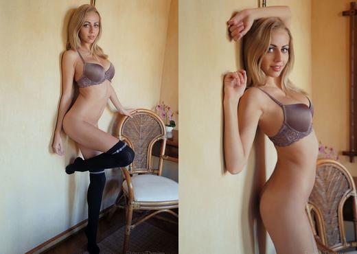 Lija - PHONO - Eternal Desire - Solo Nude Pics