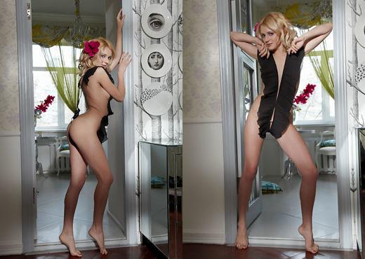 Oliana - Flor Rosa - Errotica Archives - Solo Porn Gallery