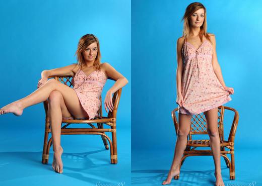 Ekaterina D - Expectation - Stunning 18 - Teen Nude Pics