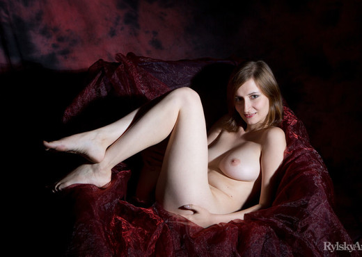 Melody - Sensismo - Rylsky Art - Solo Hot Gallery
