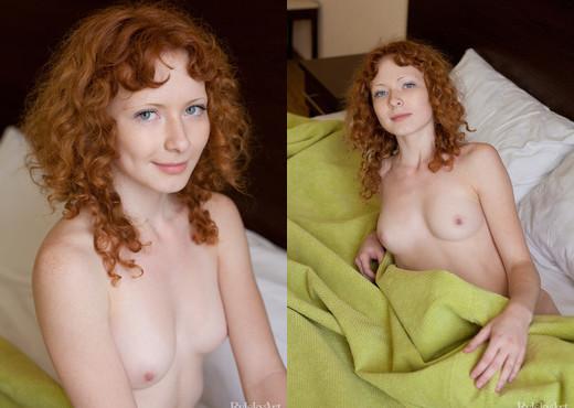 Rochelle - Spaelen - Rylsky Art - Solo Porn Gallery