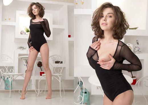 Dakota A - Ginova - Sex Art - Solo Nude Gallery