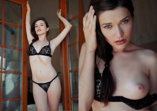 Serena Wood - WINDY - Eternal Desire - Solo Porn Gallery