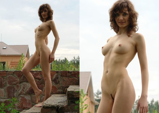 Presenting Jini 1 - Erotic Beauty - Solo Picture Gallery