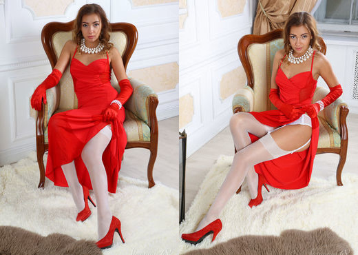 Jodie - Lady In Red - Stunning 18 - Teen Sexy Photo Gallery