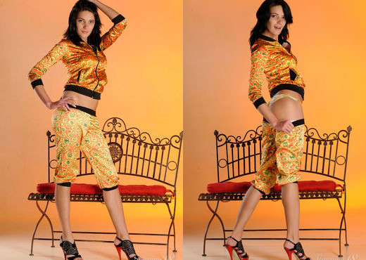 Yanika A - In Colors - Stunning 18 - Teen Picture Gallery