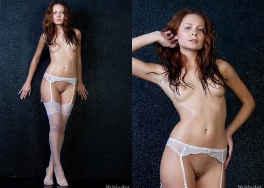 Guerlain - Petrelai - Rylsky Art - Solo HD Gallery