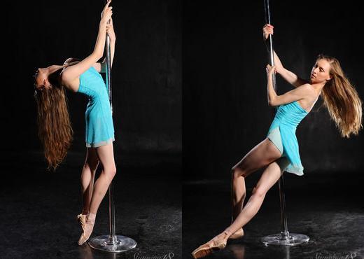 Annett A - Pylon - Stunning 18 - Teen Nude Pics