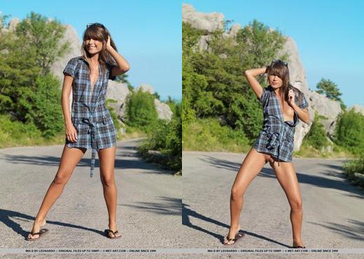 Mia D - Onena - MetArt - Solo Image Gallery