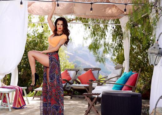 Vanessa Veracruz - Cabana Cutie - Holly Randall - Solo Nude Pics