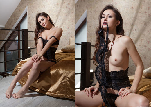 Presenting Lilian A - Erotic Beauty - Solo Sexy Photo Gallery