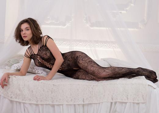 Dakota A - Body Shades - MetArt X - Solo TGP