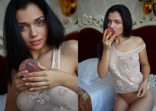 Marla C - Bite Me - Eternal Desire - Solo Porn Gallery