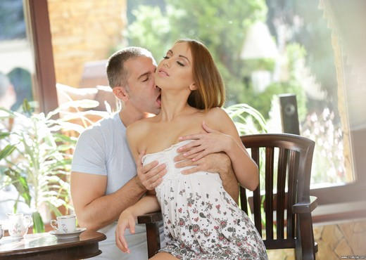 Kira Thorn - Tea for Two - 21Naturals - Anal TGP