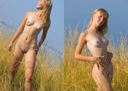 Presenting Mare - Erotic Beauty - Solo Nude Gallery