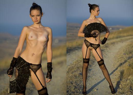 Sonia A - Senorita - Erotic Beauty - Solo Sexy Photo Gallery